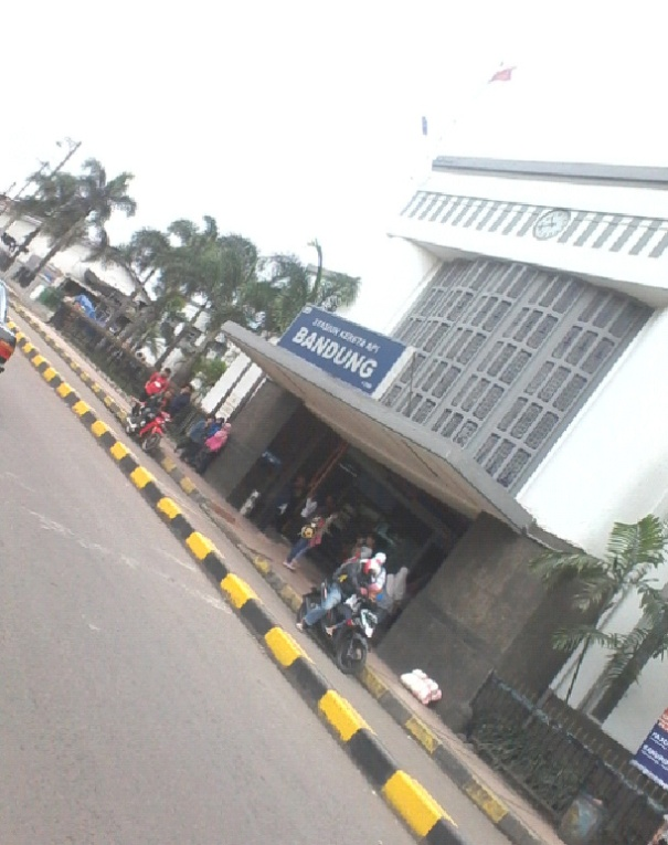 St Bandung